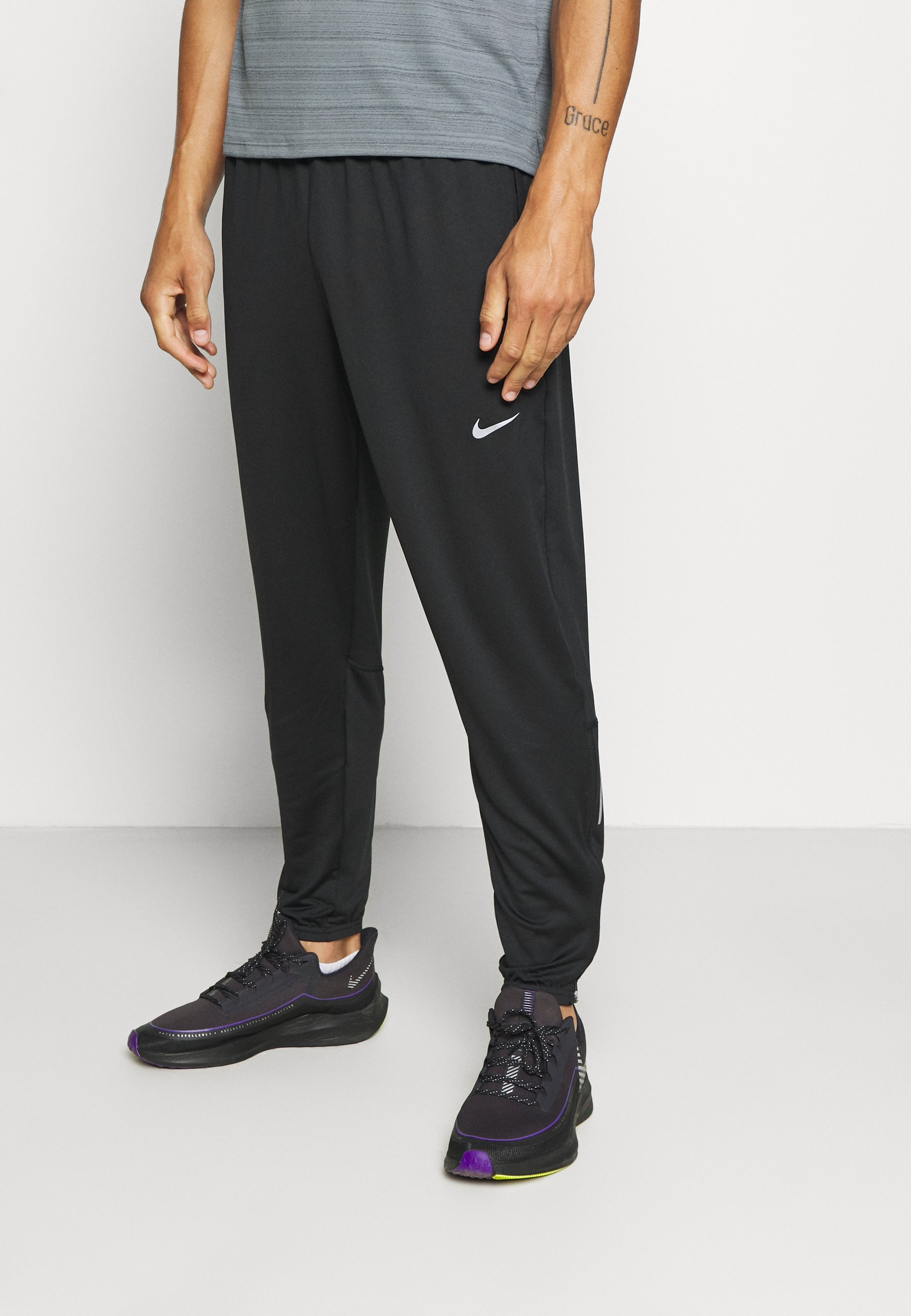 Nike Performance RUN STRIPE PANT Joggebukse blacksilver