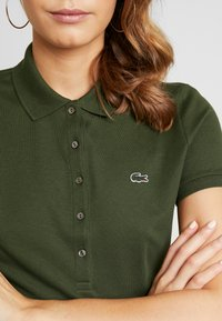 Lacoste - FEMME - Poloshirts - caprier - 4