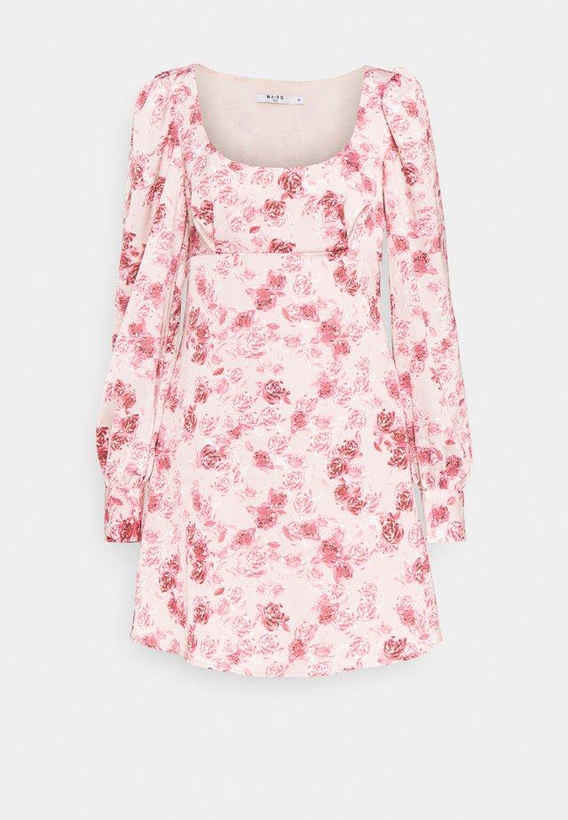 PUFF SLEEVE DRESS - Korte jurk - rose