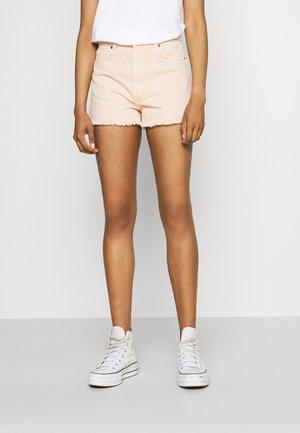 KELLY - Shorts di jeans - orange light