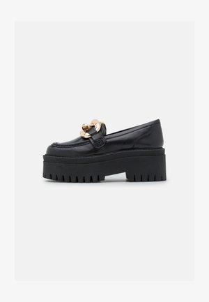 GIGI - Zapatos de plataforma - black