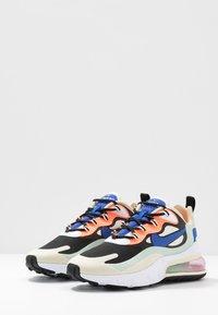 Nike Sportswear - AIR MAX 270 REACT - Sneakers laag - fossil/hyper blue/black/pistachio frost/fire pink/hyper crimson - 4