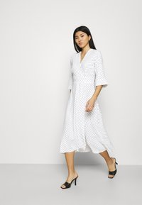 Closet - CLOSET HIGH LOW WRAP DRESS - Day dress - white - 1