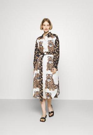 SAVANNILLA DRESS - Košilové šaty - brown/black/offwhite