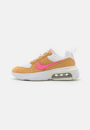 AIR MAX VERONA - Trainers - sail/electro orange/twine/white