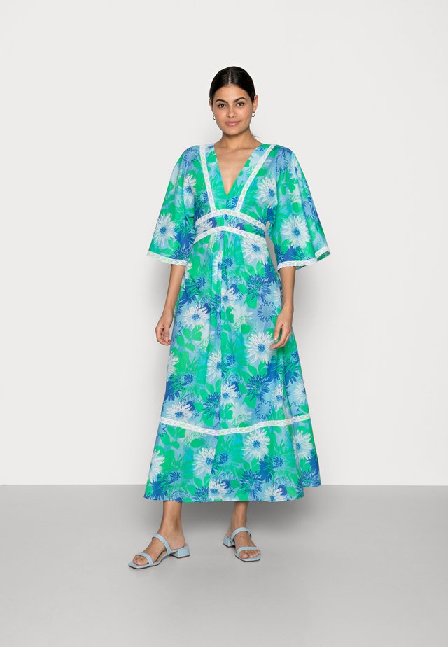 Długa sukienka - green