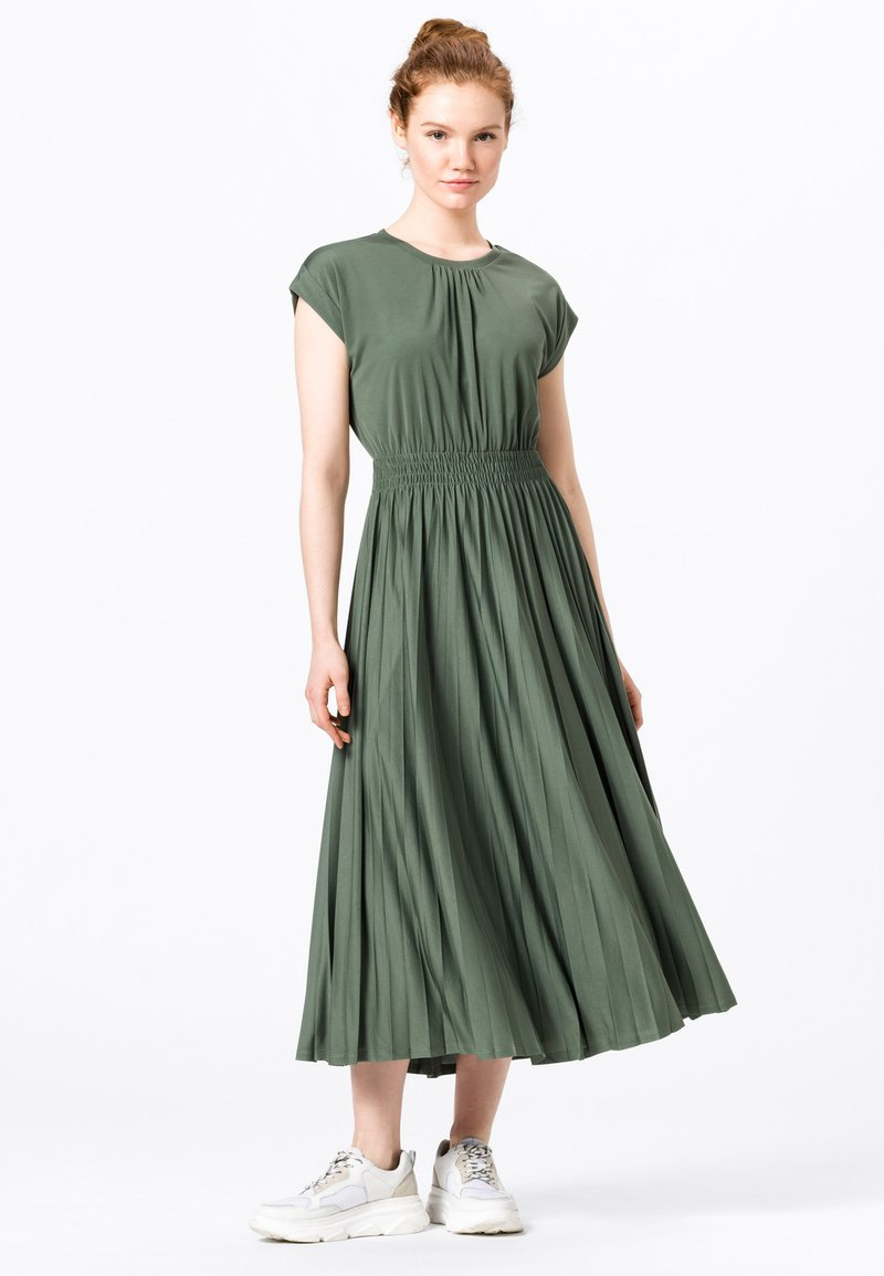 HALLHUBER - Jersey dress - seegrün