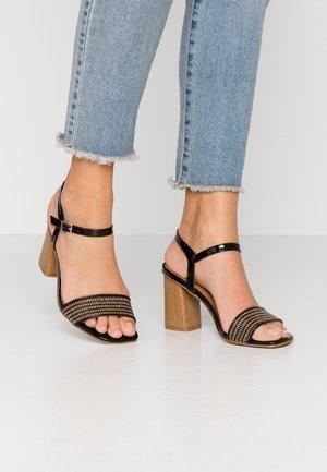 High heeled sandals - noir