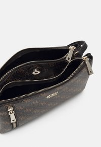 Guess - NAYA DOUBLE ZIP CROSSBODY - Skulderveske - black - 2