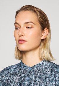 Rebecca Minkoff - DRESS - Shirt dress - blue/multi - 5
