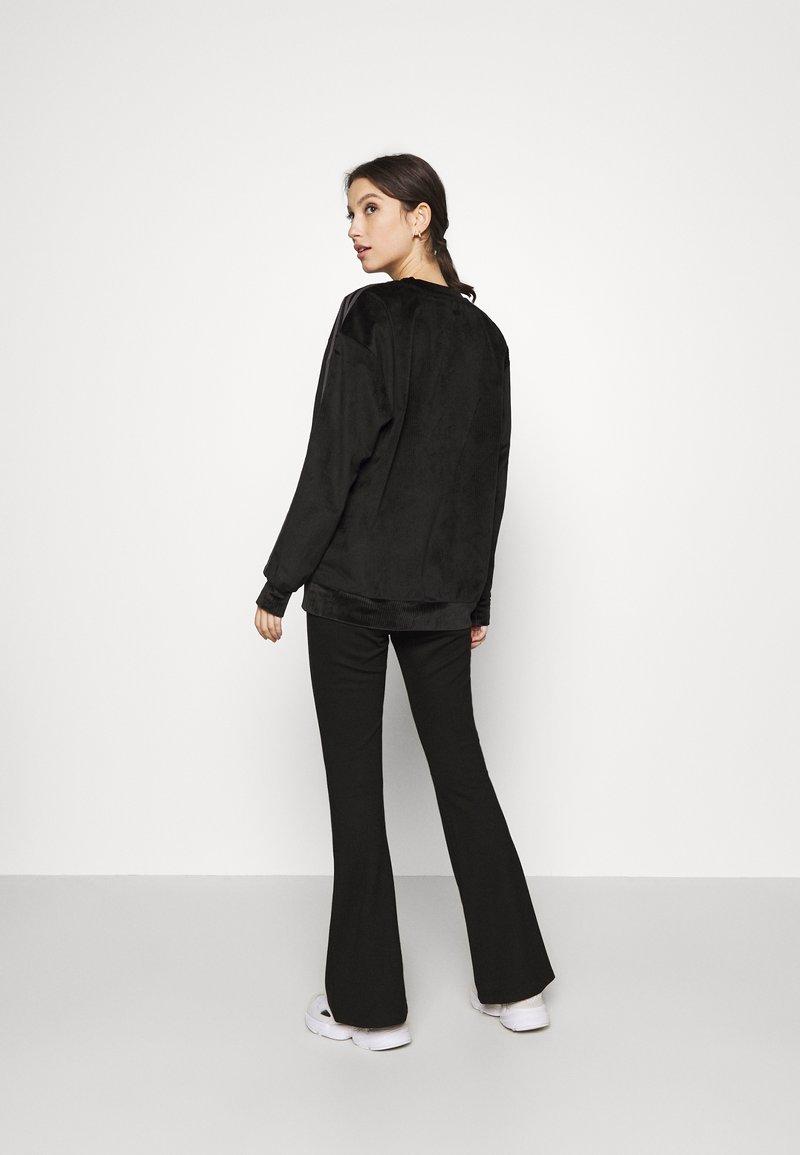 adidas Originals - CREW SWEATER  - Sweatshirt - black