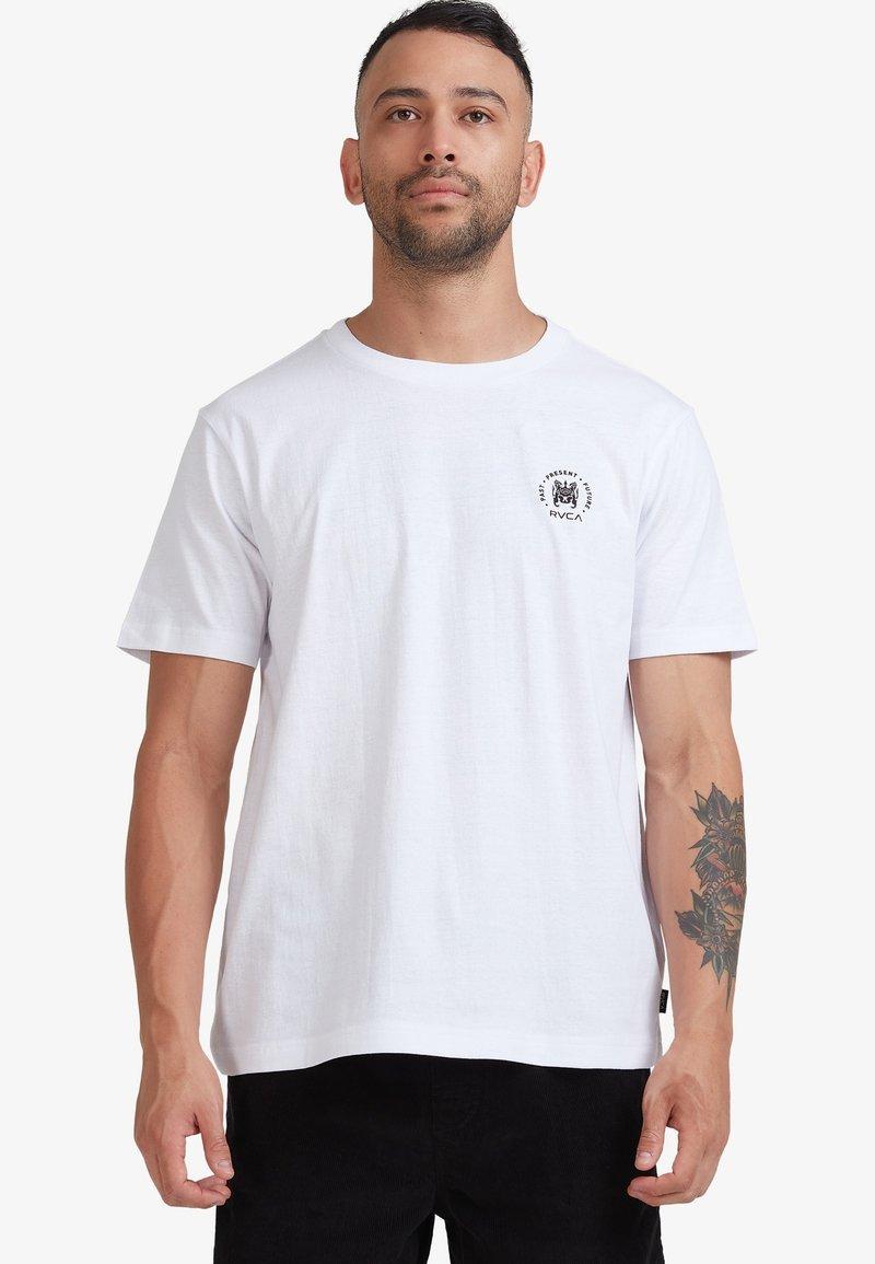 RVCA - SEAL  - Print T-shirt - white