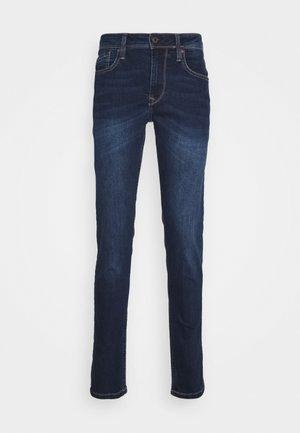 FINSBURY POWERFLEX - Slim fit jeans - denim