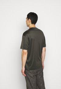 Emporio Armani - Basic T-shirt - dark green - 2