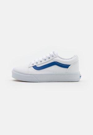 OLD SKOOL UNISEX - Zapatillas - nautical blue/true white