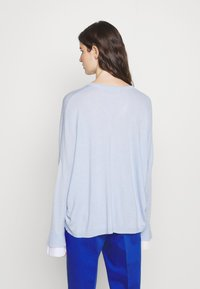 Steffen Schraut - EXCLUSIVE BLOUSE  - Jumper - soft blue - 2