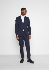 Selected Homme - SLHSLIM KYLELOGAN SET - Suit - navy blue/light blue - 0