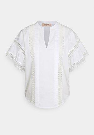 BLUSA DETTAGLI - T-shirt z nadrukiem - bianco ottico