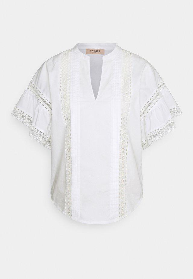 BLUSA DETTAGLI - T-shirt print - bianco ottico