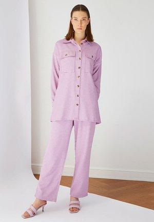 SET - Tygbyxor - purple