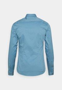 Tiger of Sweden - FILBRODIE - Formal shirt - light indigo - 1
