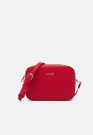 CROSSBODY - Across body bag - true red