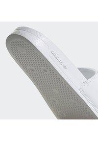adidas Originals - ADILETTE SPORTS INSPIRED SLIDES - Slip-ins - ftwwht/cblack/royblu - 5
