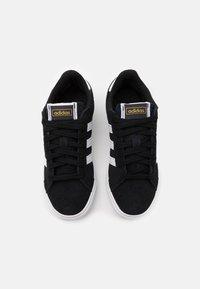 adidas Originals - BASKET PROFI UNISEX - Sneakersy niskie - core black/footwear white/gold metallic - 3