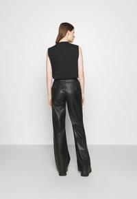 Stieglitz - DINARA PANTS - Kalhoty - black - 0