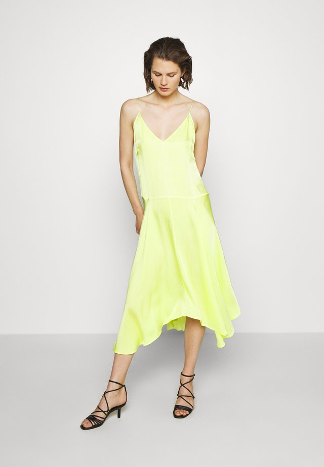 LING DRESS - Day dress - neon green