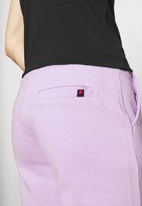 Denim Project - LOGO PANT - Tracksuit bottoms - pastel lilac - 5