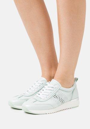 LACE UP - Sneakersy niskie - mint