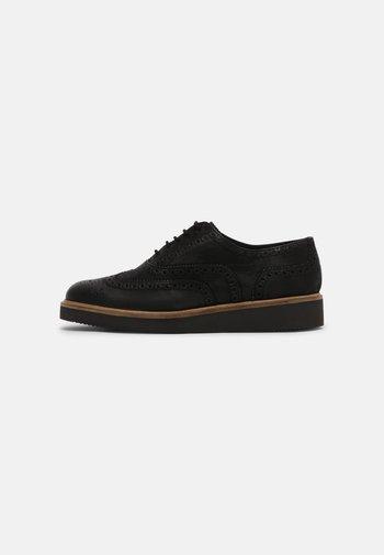 BAILLE BROGUE - Šněrovací boty - black
