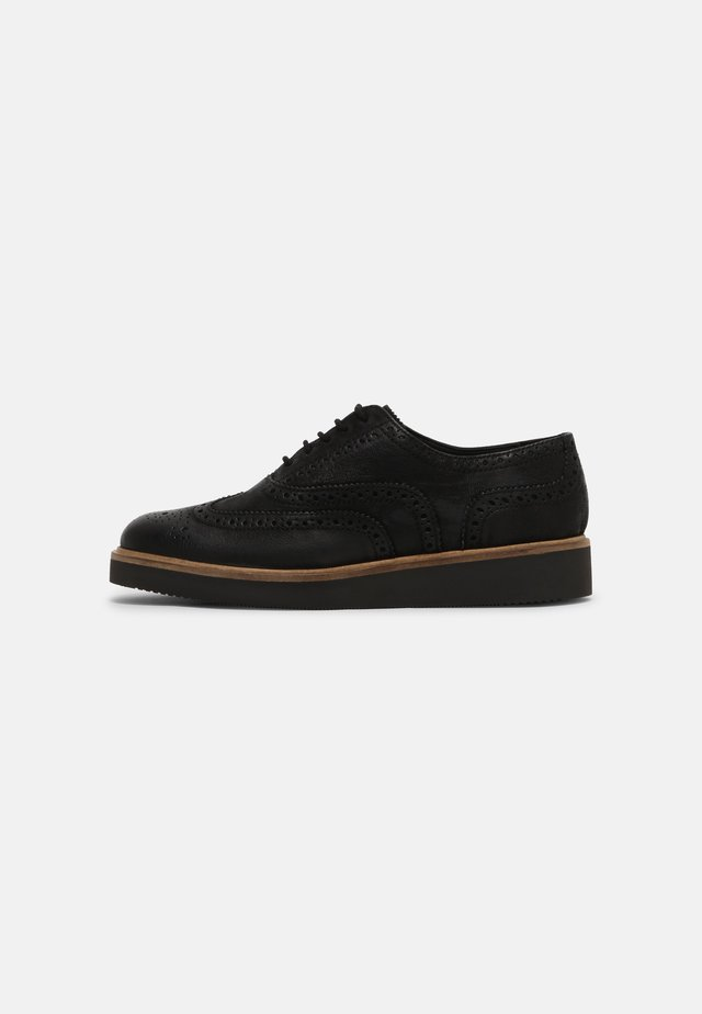 BAILLE BROGUE - Stringate - black