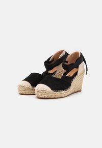 SassyClassy - Platform heels - black - 2
