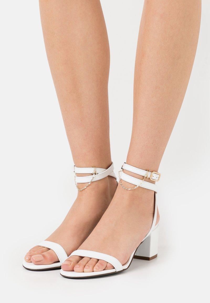 Patrizia Pepe - Sandals - bianco