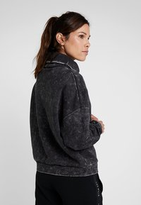 Reebok - OVERSIZED COVER UP - Sweater - black - 2