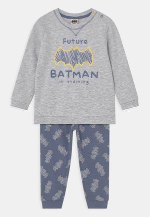 BOY BATMAN - Pyjama - grey melange