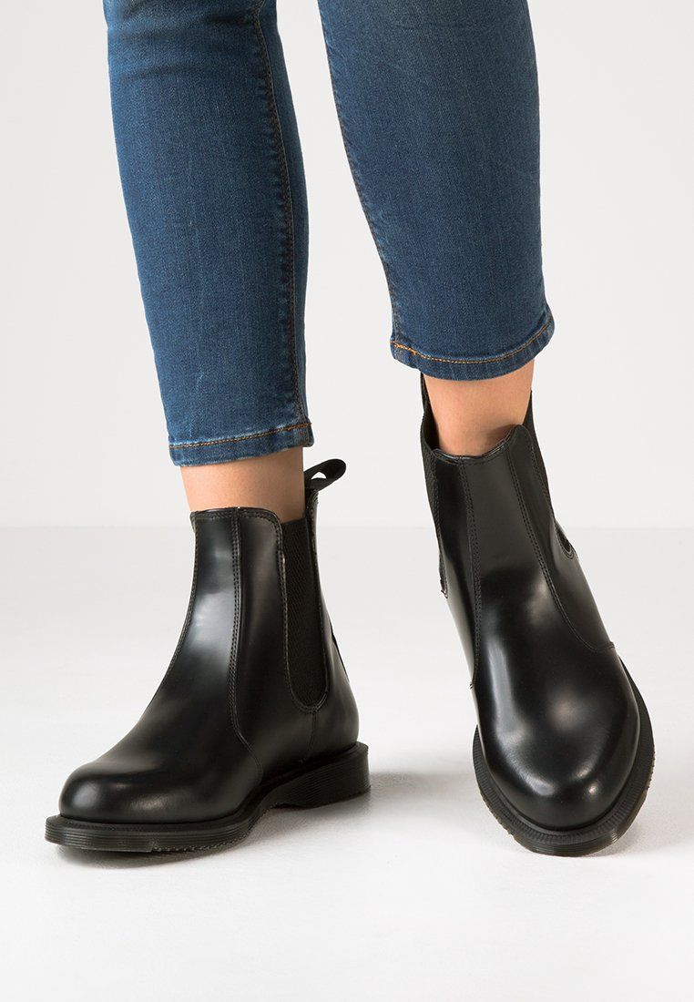 Dr. Martens - FLORA - Classic ankle boots - black polished smooth