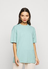 Missguided Petite - 2 PACK - Basic T-shirt - white/mint - 3