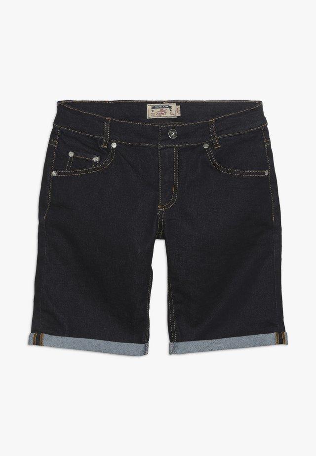 BOYS BASIC - Shorts di jeans - blue denim clean