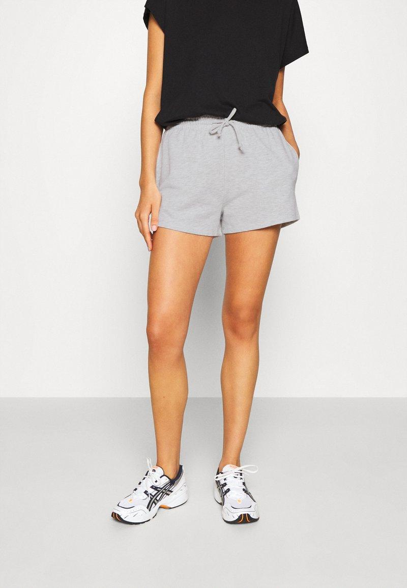 Gina Tricot - ABBIE - Shorts - light grey melange