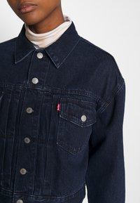 Levi's® - NEW HERITAGE TRUCKER - Jeansjakke - dark blue denim - 5