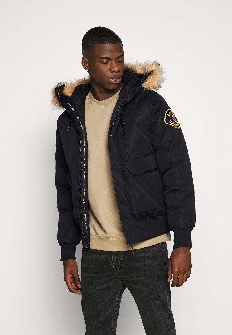 Alessandro Zavetti - CANADA ABELLI TECH - Zimní bunda - black