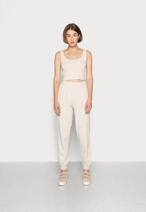 DOUBLE PACK - Teplákové kalhoty - white swan