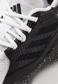 adidas Performance - ROSE 773 2020 - Basketbalové boty - footwear white/core black - 5