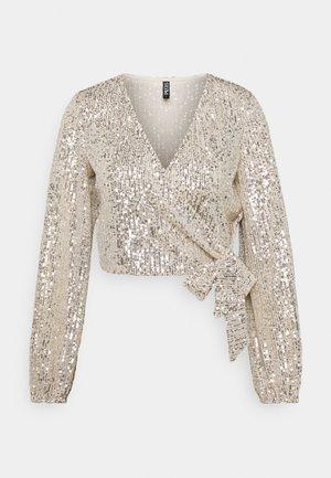 PCDELPHIA WRAP TOP PETITE  - Bluse - silver