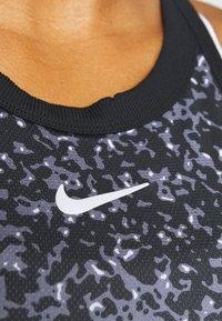 Nike Performance - DRY TANK PRINTED - Camiseta de deporte - black/white - 5