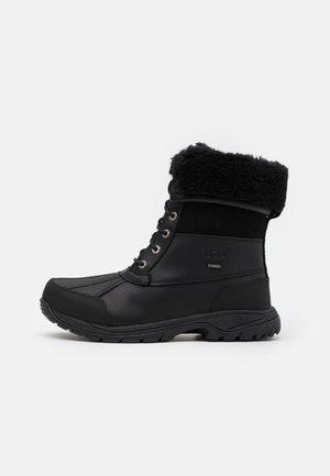 BUTTE - Šněrovací kotníkové boty - black