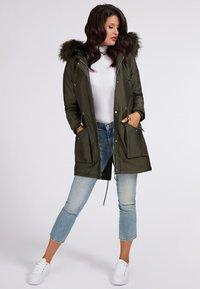 Guess - Winter coat - grün - 1